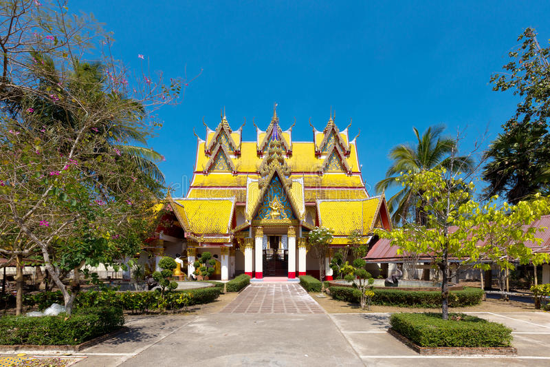 Исторический традиционный тайский буддийский висок стоковые изображения