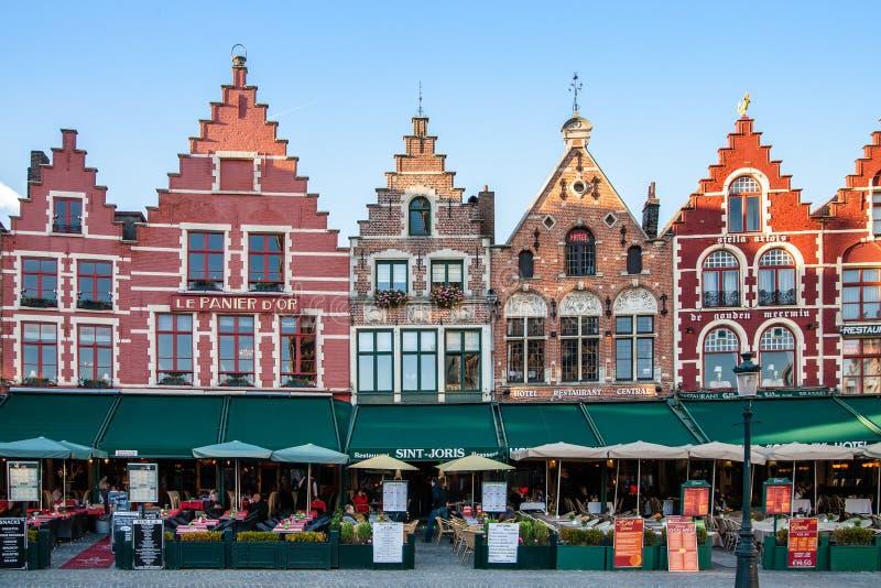 Исторический центр Брюгге и красочных зданий стоковая фотография