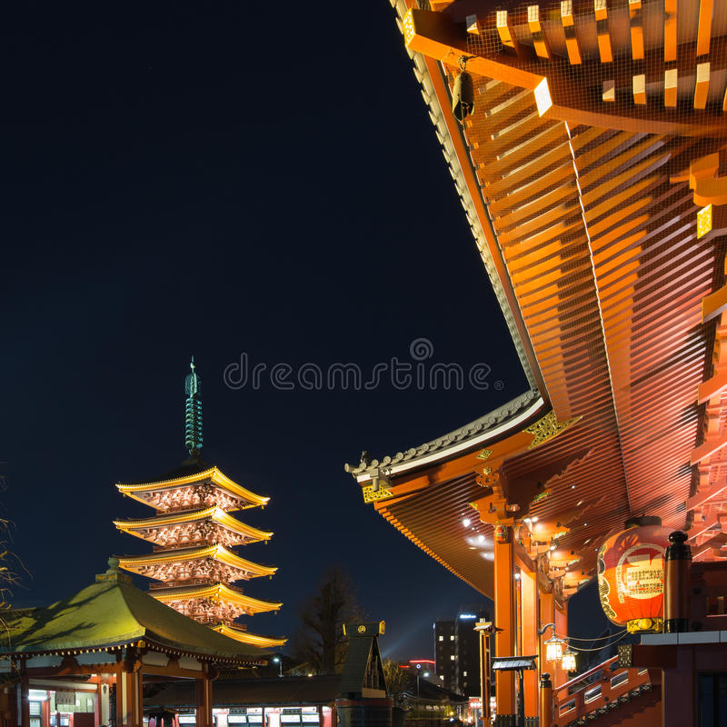 Исторический японский висок на ноче, Sensoji, Asakusa, токио стоковые фото