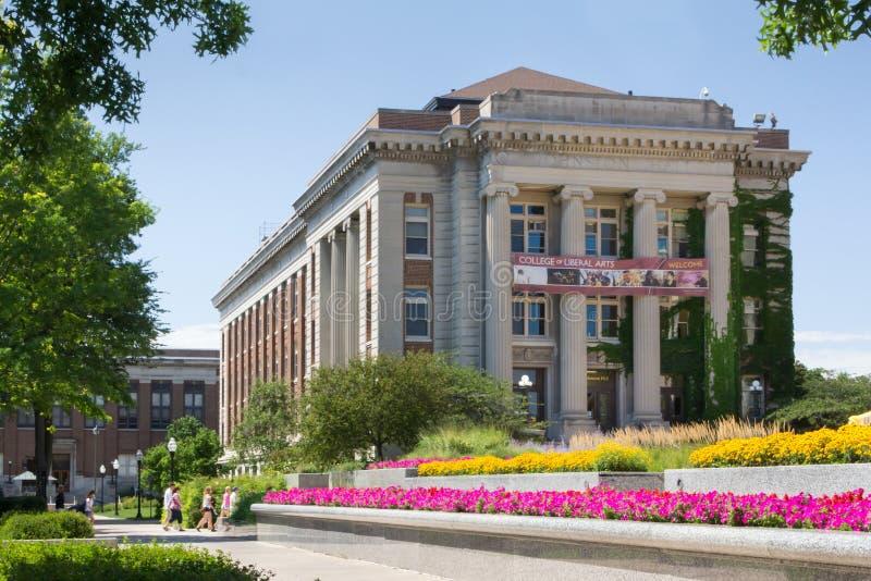 Исторический Johnston Hall от на кампуса университета m стоковая фотография