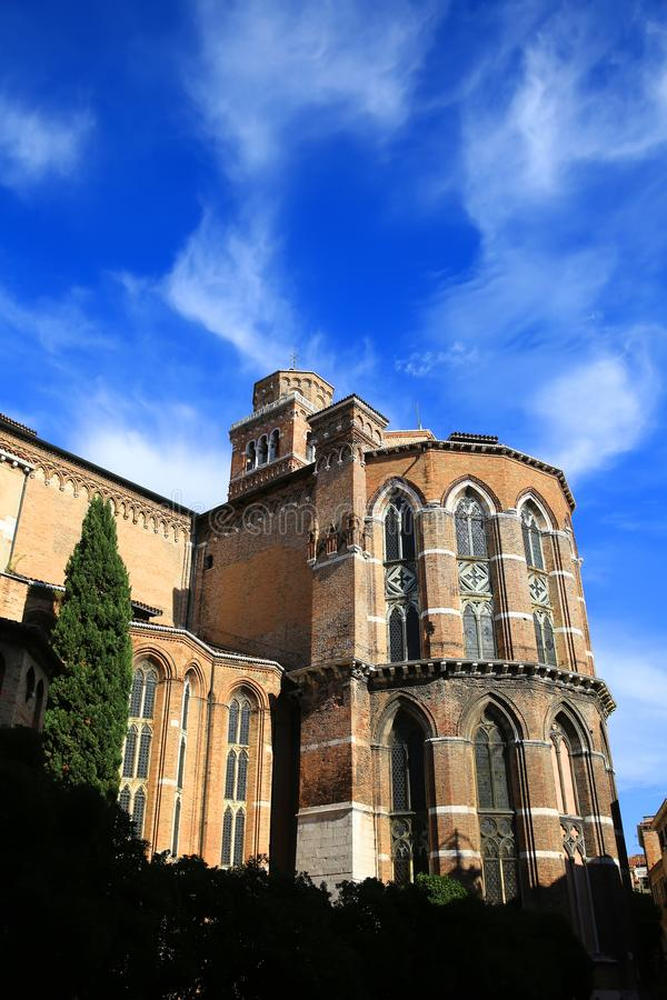 Историческое здание Santa Maria церков в старом городе Венеции городка стоковая фотография rf