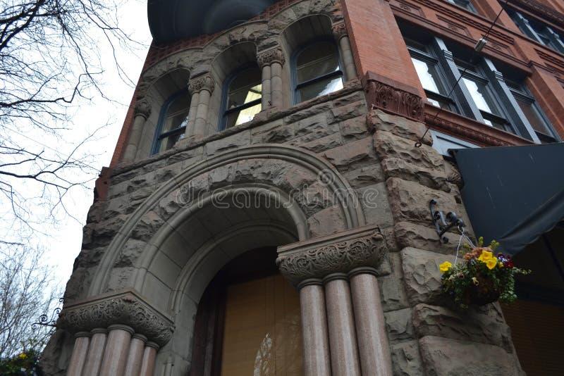 Историческое здание на пионерском квадрате, Сиэтл, Вашингтоне стоковые фото