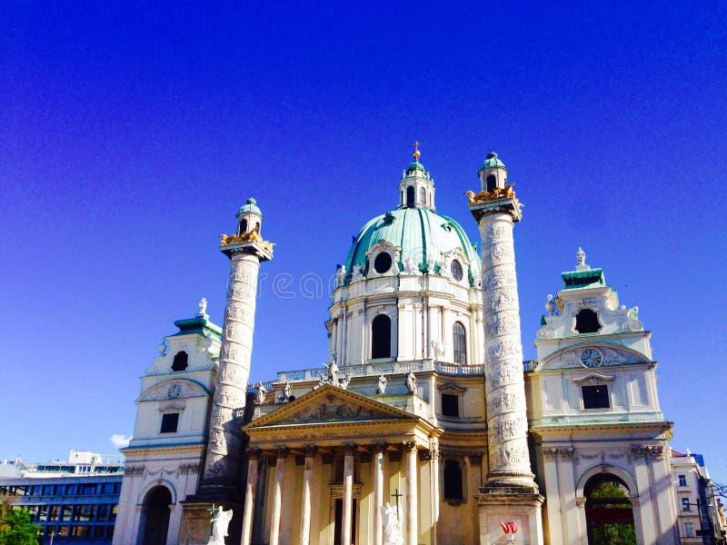 Историческое karlsplatz церков стоковые фотографии rf