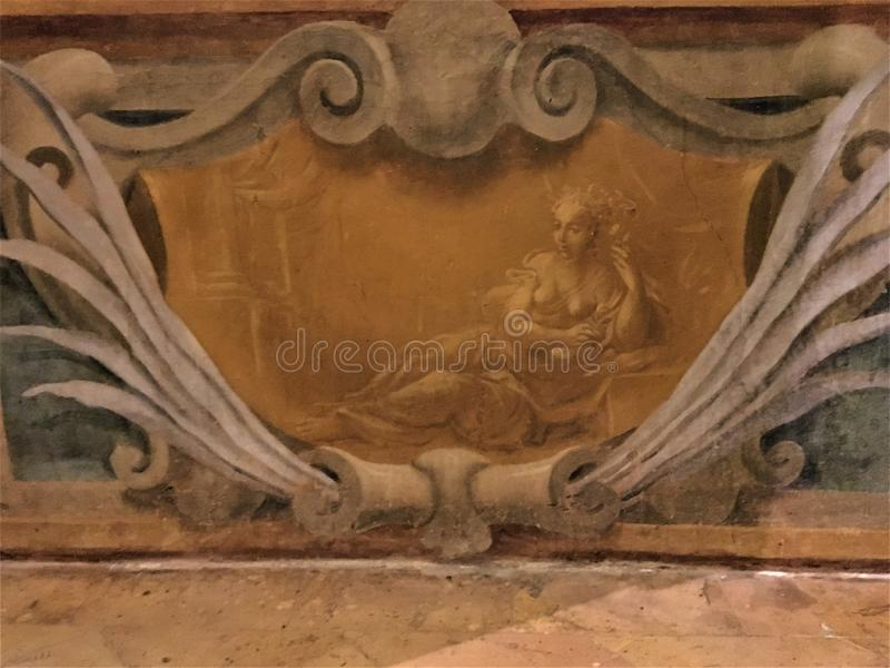 История, время и красота Винтажная отделка стен и элегантность стоковое изображение