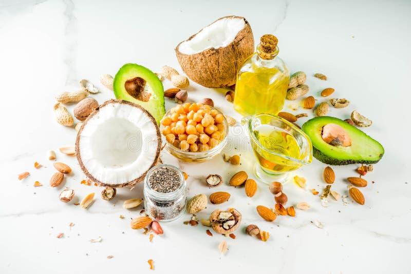 Источники еды здорового vegan жирные стоковое изображение rf