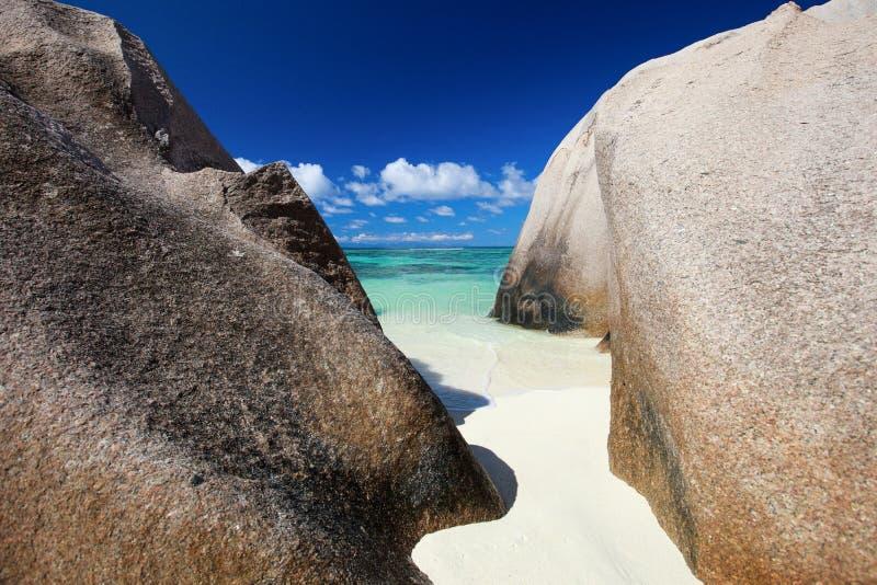 источник пляжа d anse argent стоковые изображения rf