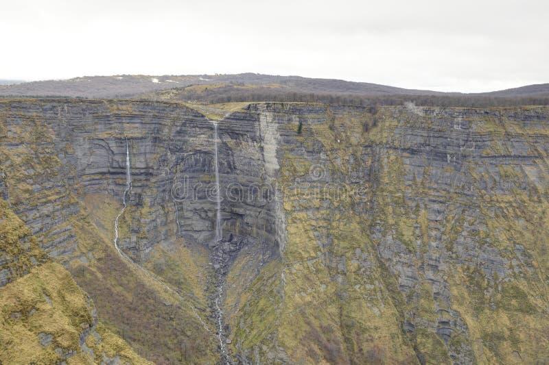 Источник реки Nervion, водопад в каньоне Delika стоковое фото rf
