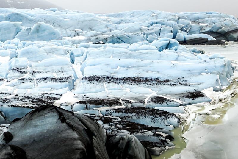 Исландские взгляды - ледник стоковое фото