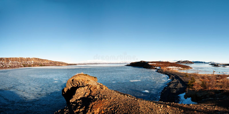 Исландский коэффициент панорамы 1x2 ландшафта стоковые фото