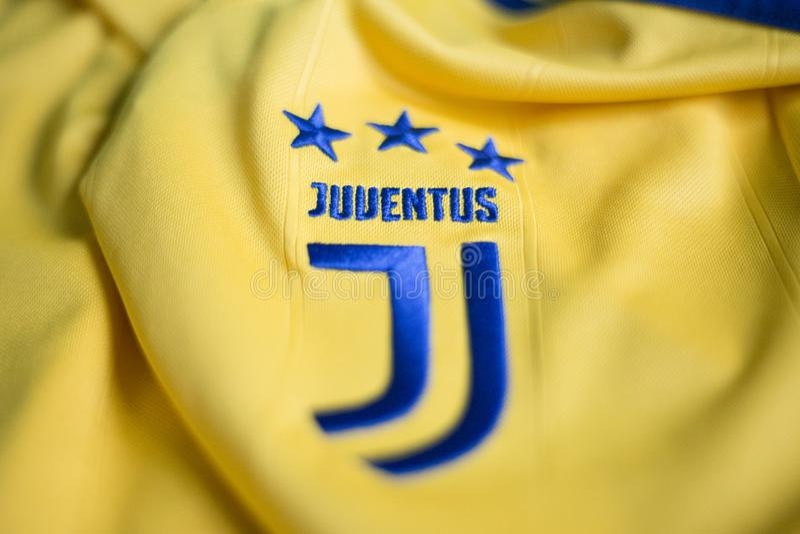 Итальянская эмблема клуба FC Juventus Турина футбола стоковые фото