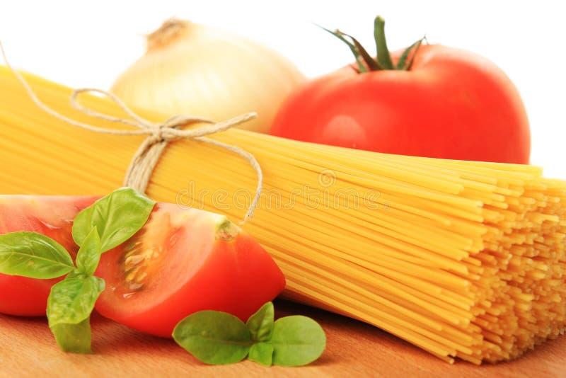 итальянские овощи спагетти стоковое изображение rf