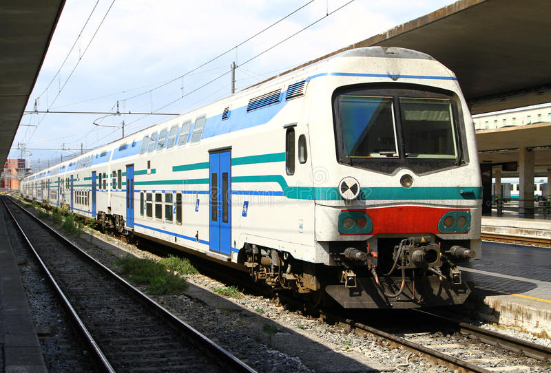 Итальянский поезд стоковая фотография