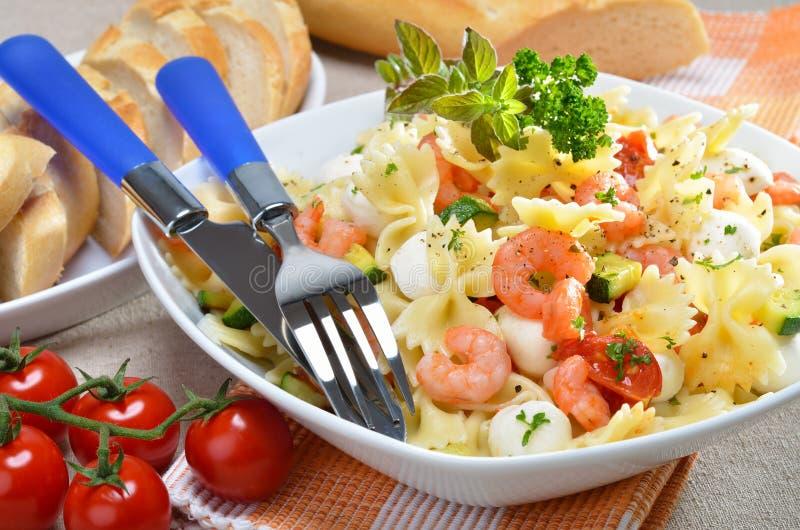 итальянский салат макаронных изделия стоковое фото