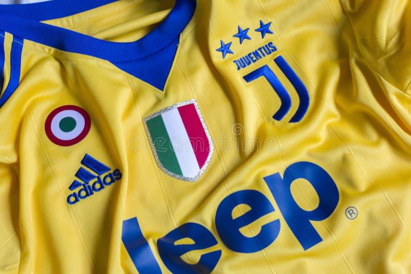 Итальянский jersey клуба FC Juventus Турина футбола стоковое фото