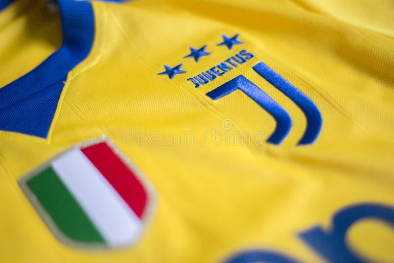 Итальянский jersey клуба FC Juventus Турина футбола стоковые фото