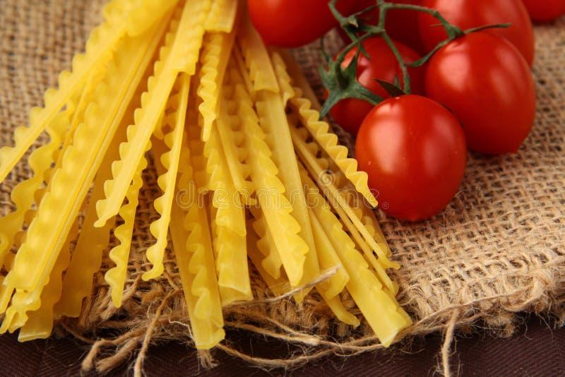Download итальянское желание томата макаронных изделия Стоковое Фото - изображение насчитывающей подготовка, еда: 17601734