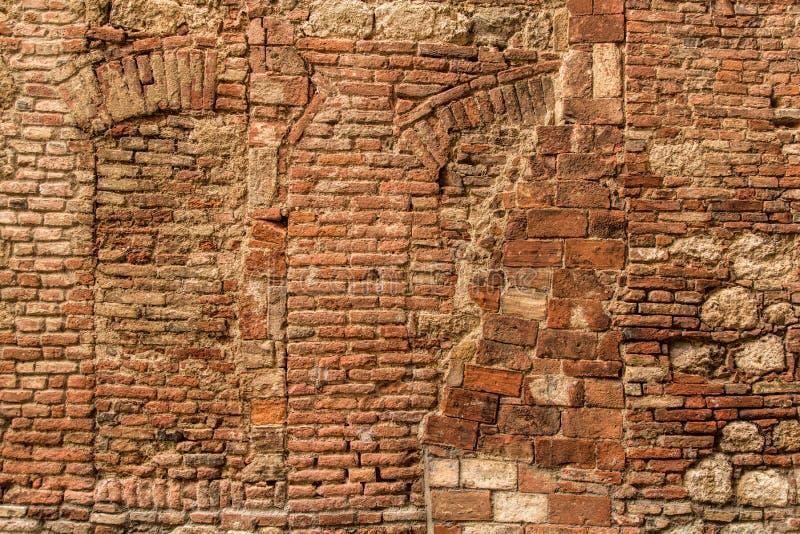 Итальянская каменная стена стоковые фотографии rf