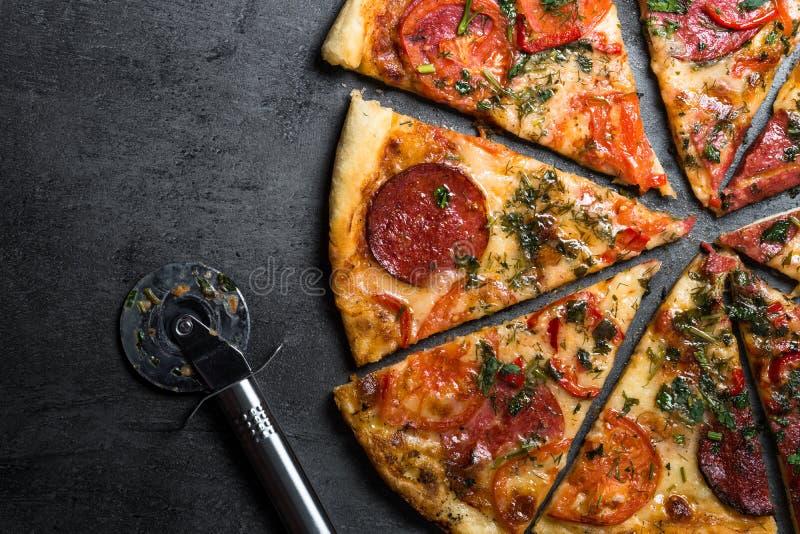 итальянская пицца традиционная стоковое фото rf
