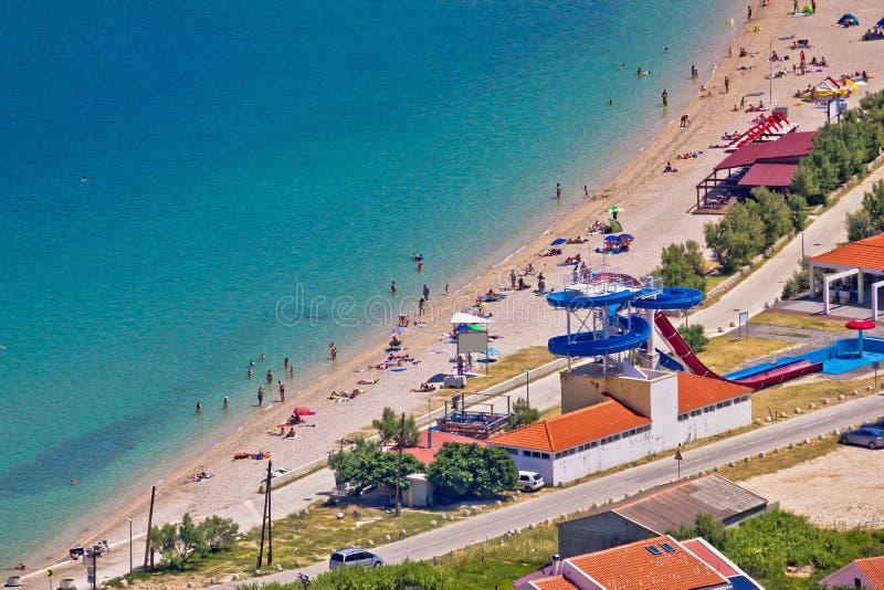 Идилличный вид с воздуха пляжа бирюзы стоковые изображения rf