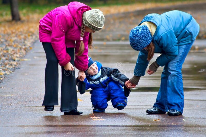 Идти до парк осени (5) стоковая фотография