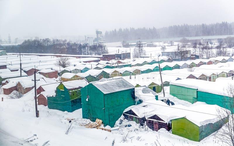 Идти снег сельский городок стоковое фото rf