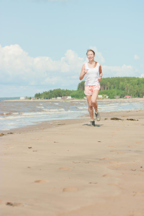 Идущая женщина стоковое фото rf
