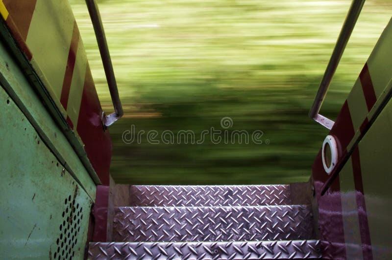 Идущий поезд в Таиланде стоковое фото rf