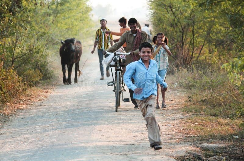 Идущий ребенок стоковые фото