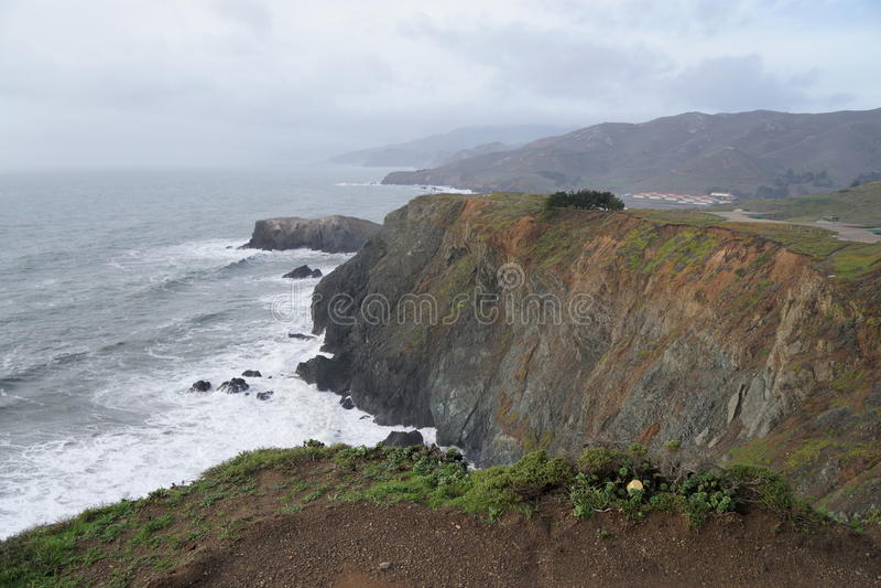 Идя взгляд скал, CA следа стоковая фотография