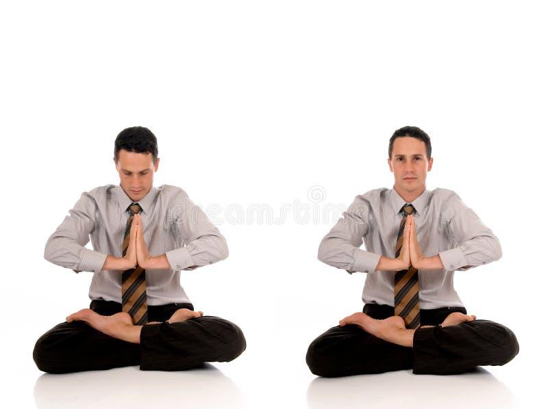 йога бизнесмена meditating стоковое изображение