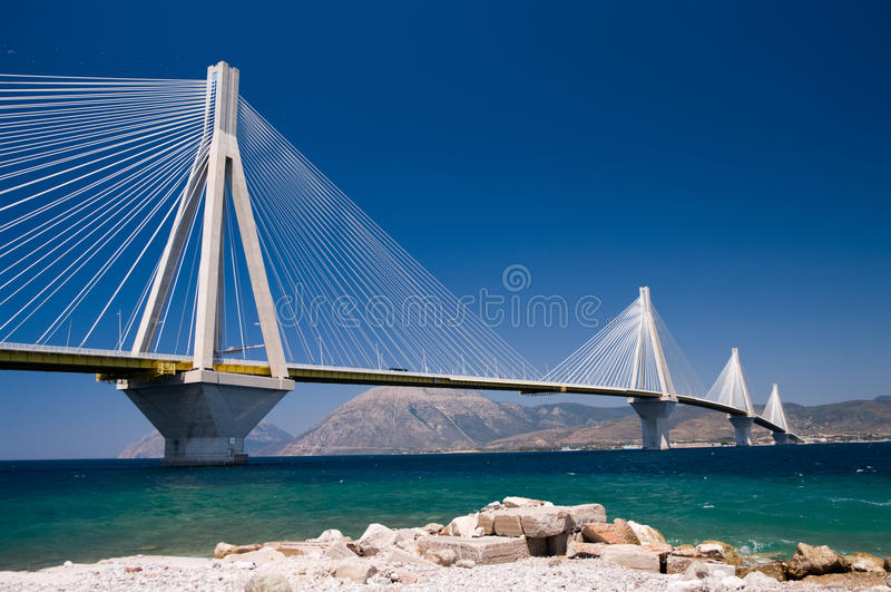 кабель остали Греция, котор моста стоковая фотография