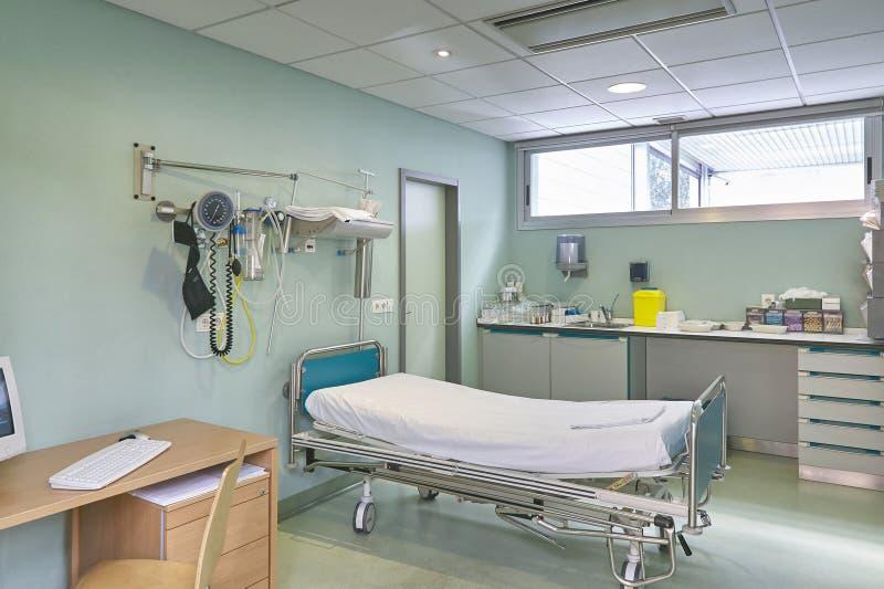Кабинет врача доктора больницы Оборудование здравоохранения Оборудование медицинского лечения стоковые изображения rf