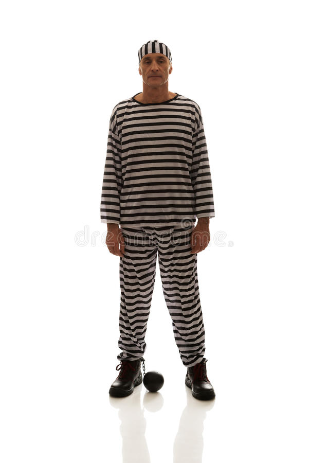 Кавказский преступник пленника человека с цепным шариком стоковые фотографии rf