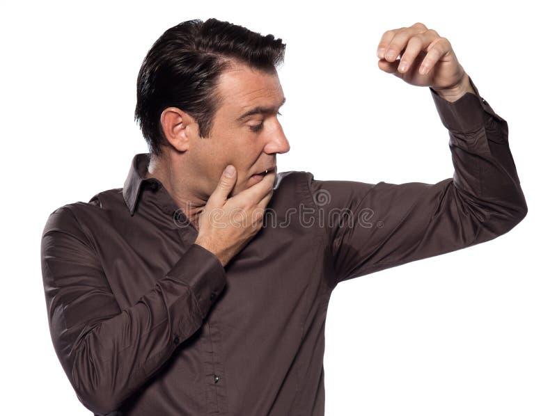 кавказский смотря sweat пятна человека perspiring стоковое изображение rf