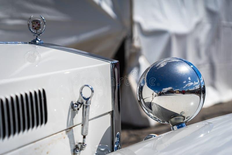 Кадиллак Excalibur в montjuic шоу автомобиля цепи Барселоны духа стоковая фотография rf