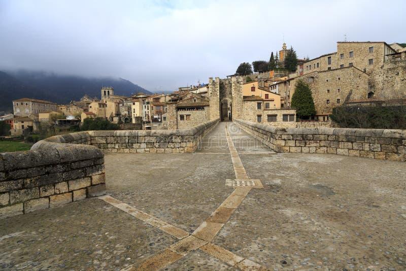 Besalu Испания, каталонское село стоковая фотография rf