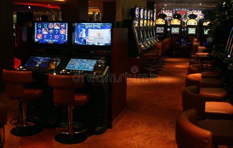 казино подвергает шлиц механической обработке стоковые фотографии rf