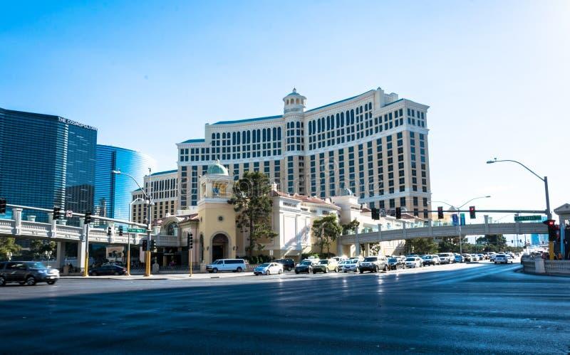 Казино Bellagio и улица прокладки Туристский центр Лас-Вегас, Невада, США стоковая фотография