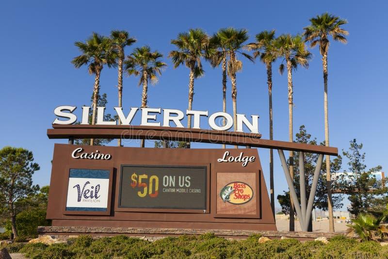 Казино Silverton подписывает внутри Лас-Вегас, NV 18-ого мая 2013 стоковое изображение rf