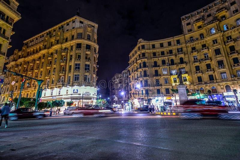 18/11/2018 Каиров, Египет, одна из центральной площади столицы африканского государства вечером стоковые изображения rf