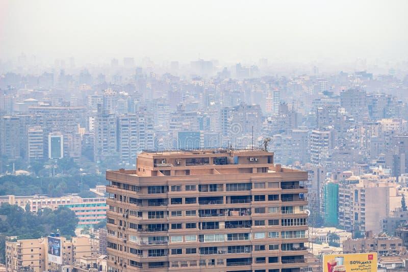 11/18/2018 Каиров, Египет, панорамный вид централи и части дела города от смотровой площадки на самом высоком towe стоковое изображение rf