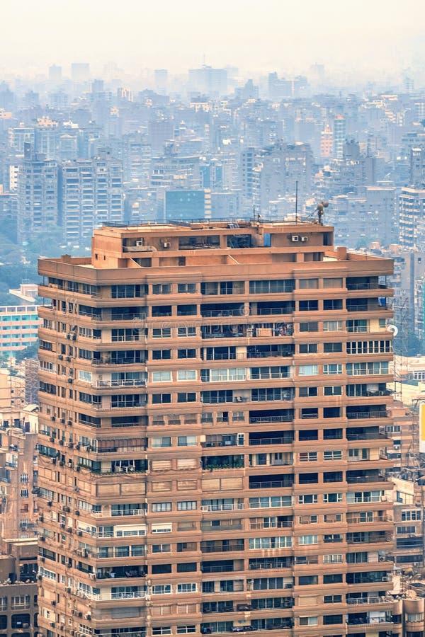 11/18/2018 Каиров, Египет, панорамный вид централи и части дела города от смотровой площадки на самом высоком towe стоковые изображения