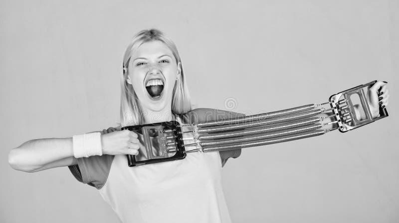 Как используйте путь оборудования свойственный Работать с оборудованием детандера Концепция оборудования спорта Улучшите ваше тел стоковое изображение rf