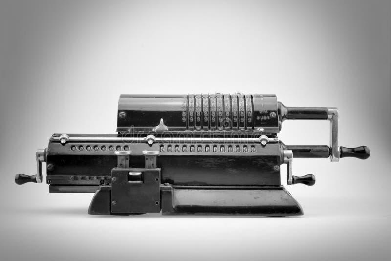Калькулятор старого pinwheel механический E стоковое фото