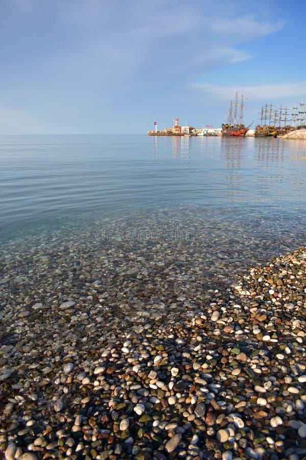Каменистый пляж E стоковые изображения