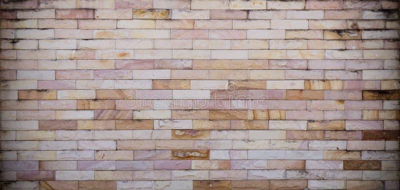 Каменная кирпичная стена стоковая фотография rf