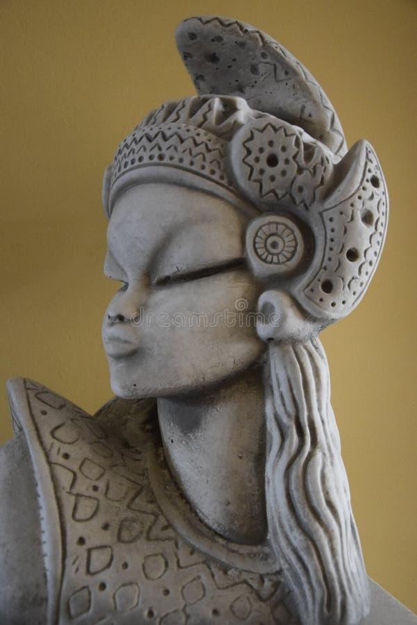 Каменная орнаментальная статуя стоковая фотография