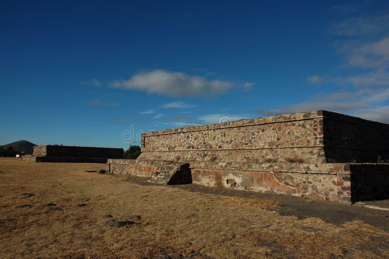 Каменная пирамида в Teotihuacan, Мексике стоковое фото rf