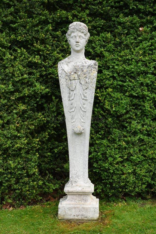 Каменная статуя, аббатство Mottisfont, Хемпшир, Англия стоковое изображение