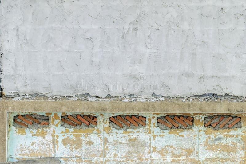 Каменная стена штабелирована Камни аранжированы в прямоугольном стоковое изображение rf
